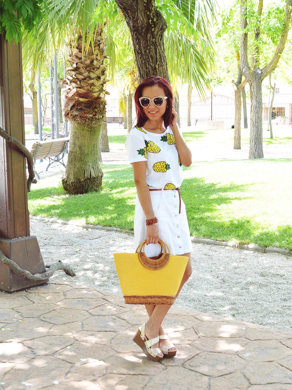 Falda y camiseta de piñas 2