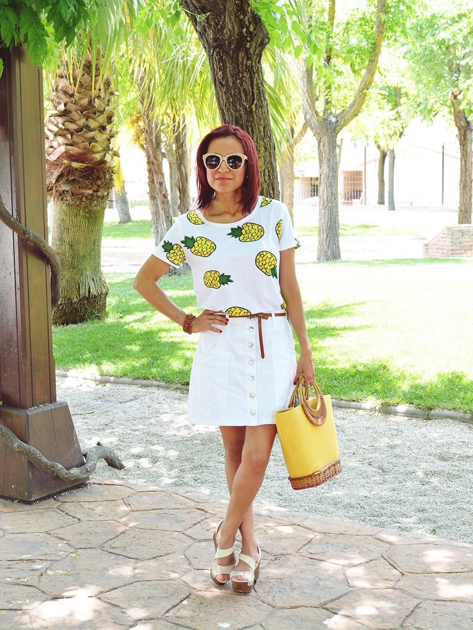 Falda y camiseta de piñas 3