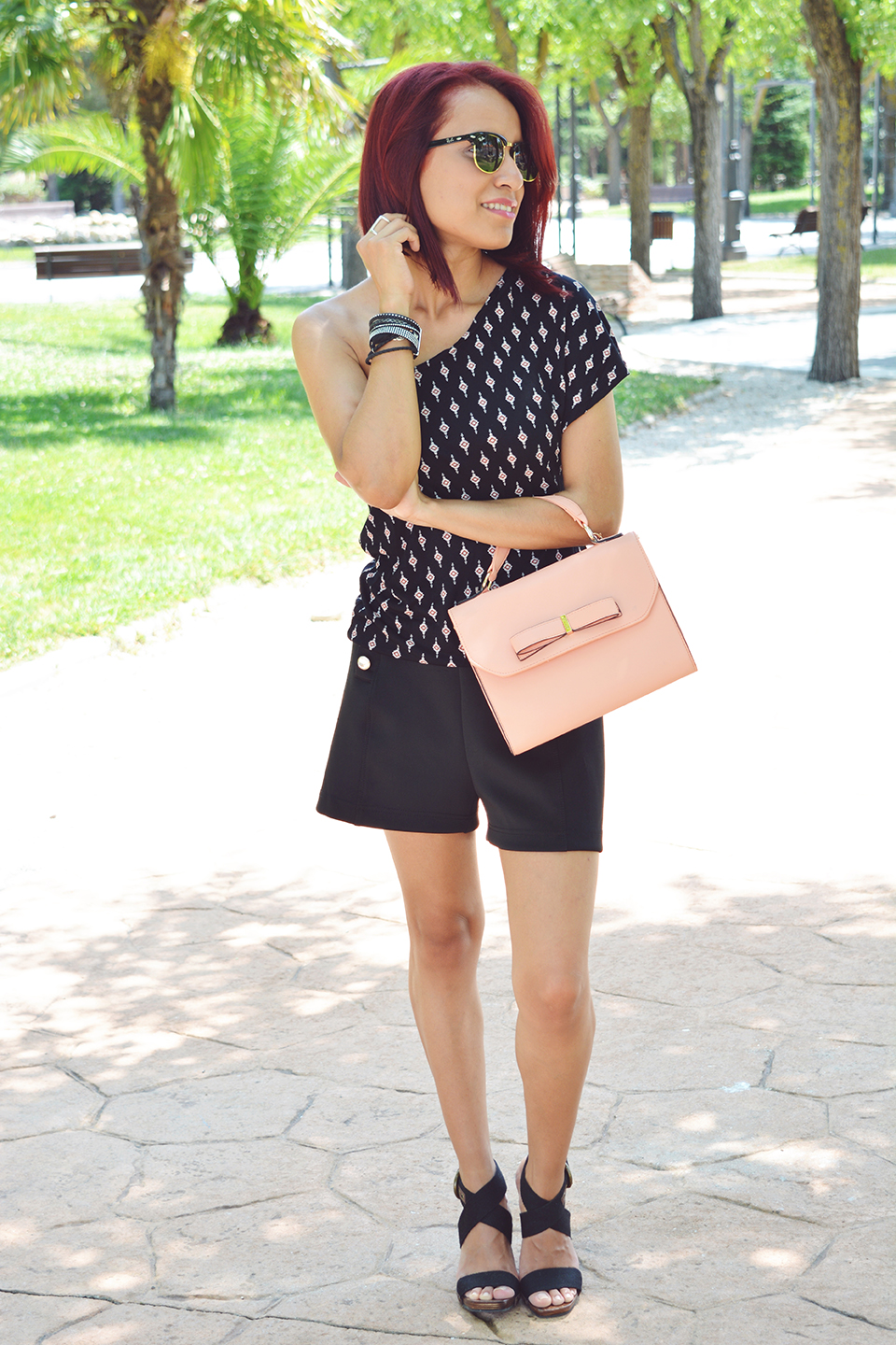 Look Total Black en verano
