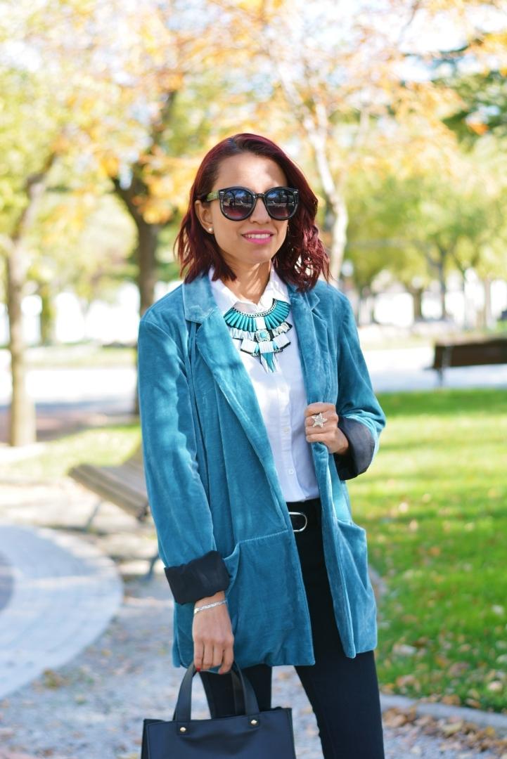 Cómo combinar el terciopelo en tus looks diarios