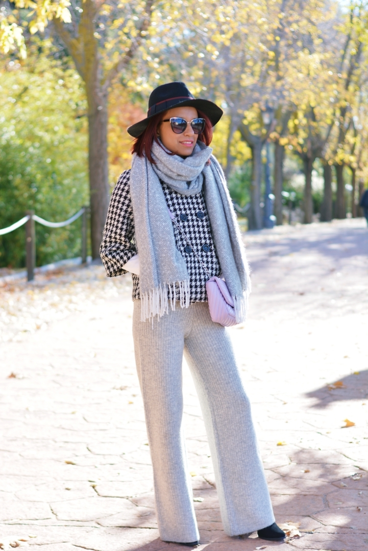 Look con pantalones de lana