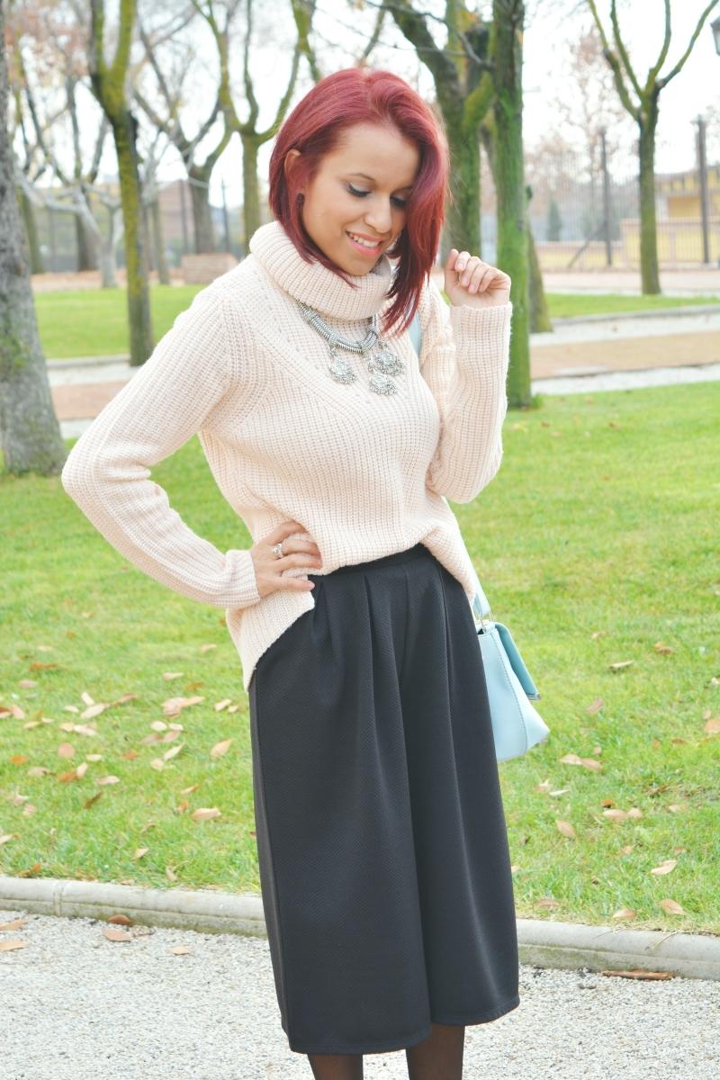 Cómo combinar los zapatos con los pantalones culotte